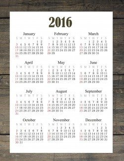 2016 printable calendar with a wood background